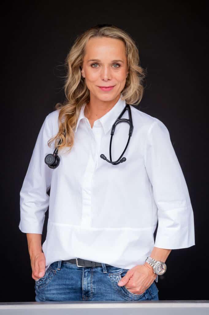 Tierärztin Susanne Arndt